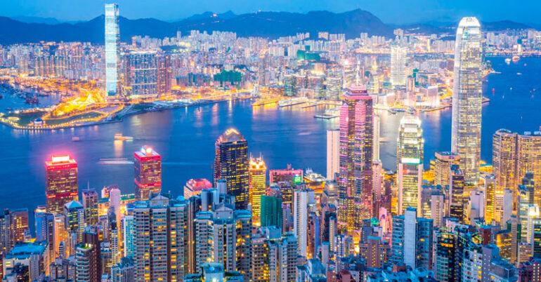 Доставка в Гонконг - самое населенное место на Земле